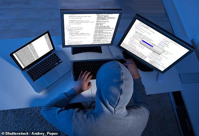 webcam hotmail cyber msn sex