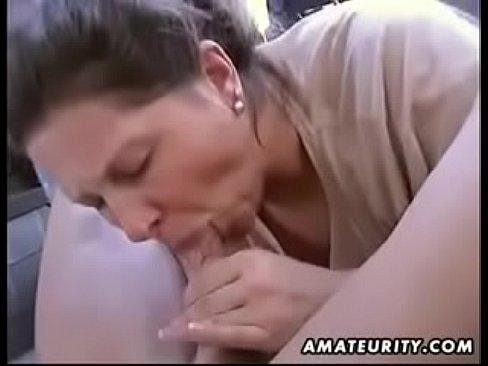 wife blowjob amateur