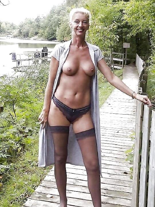 size nylon stockings plus
