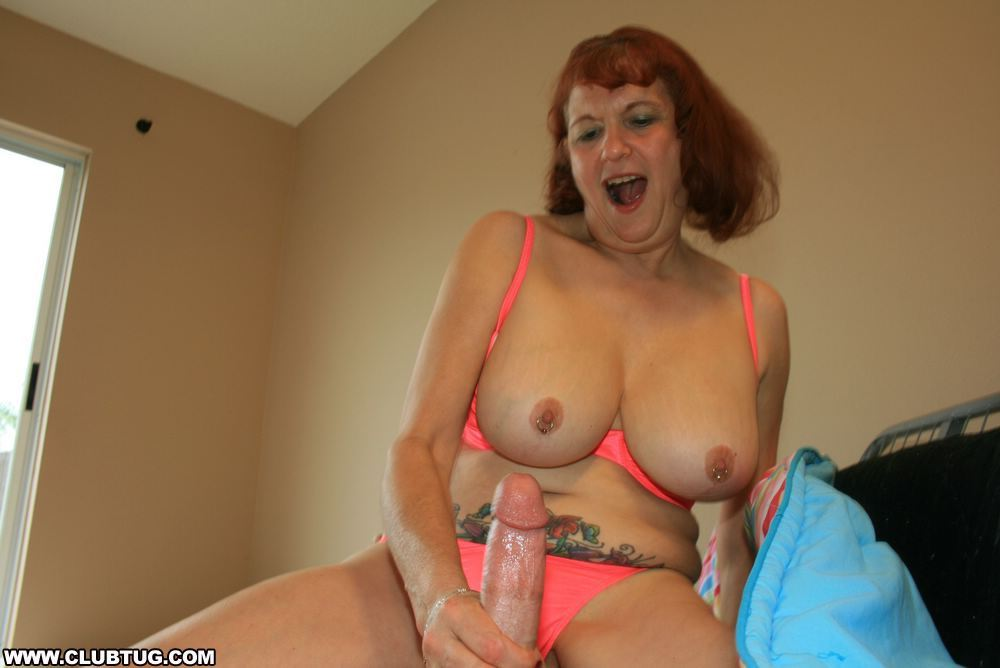 contest the table beauty under blowjob at