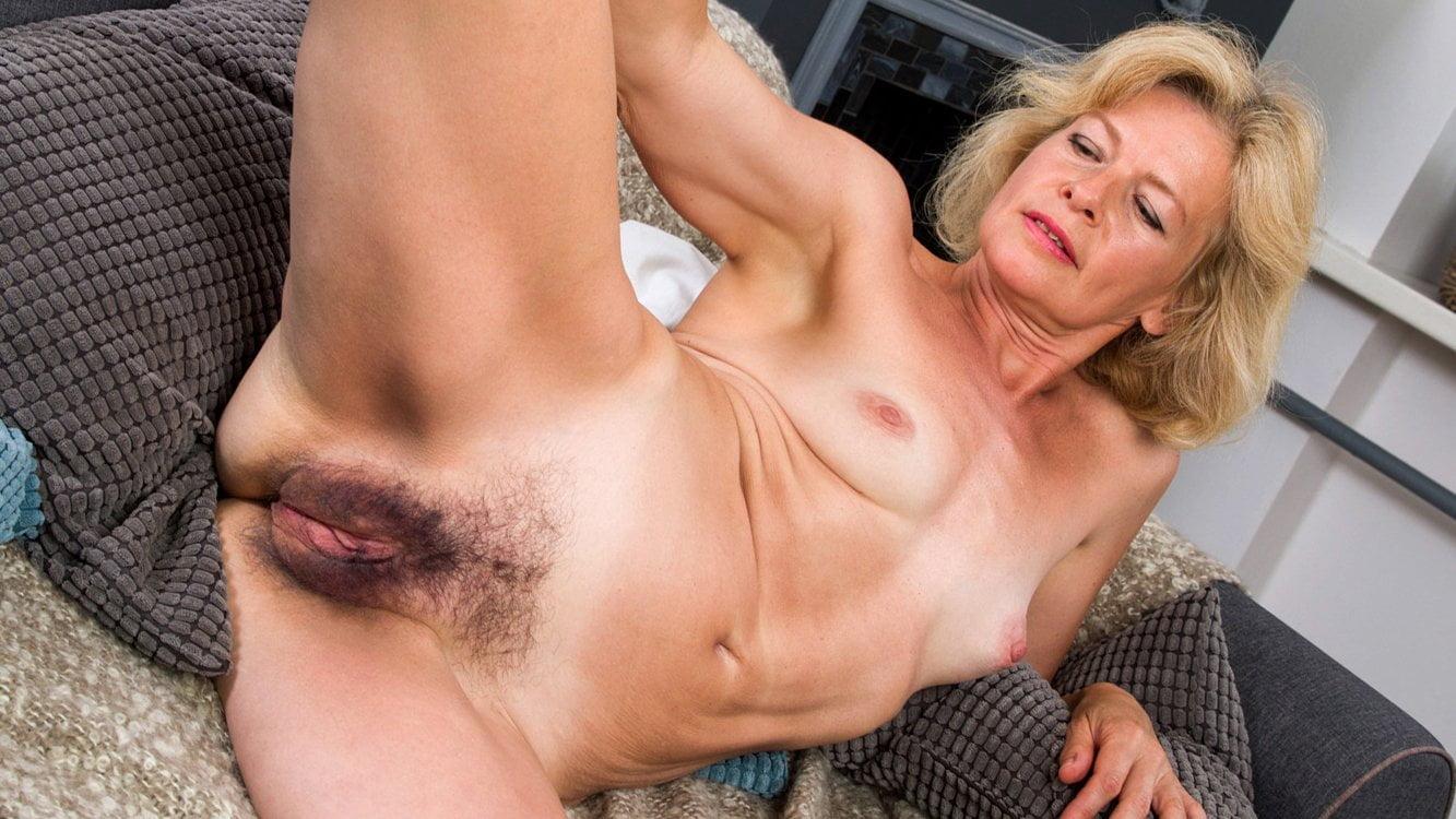 sex cartoon boob