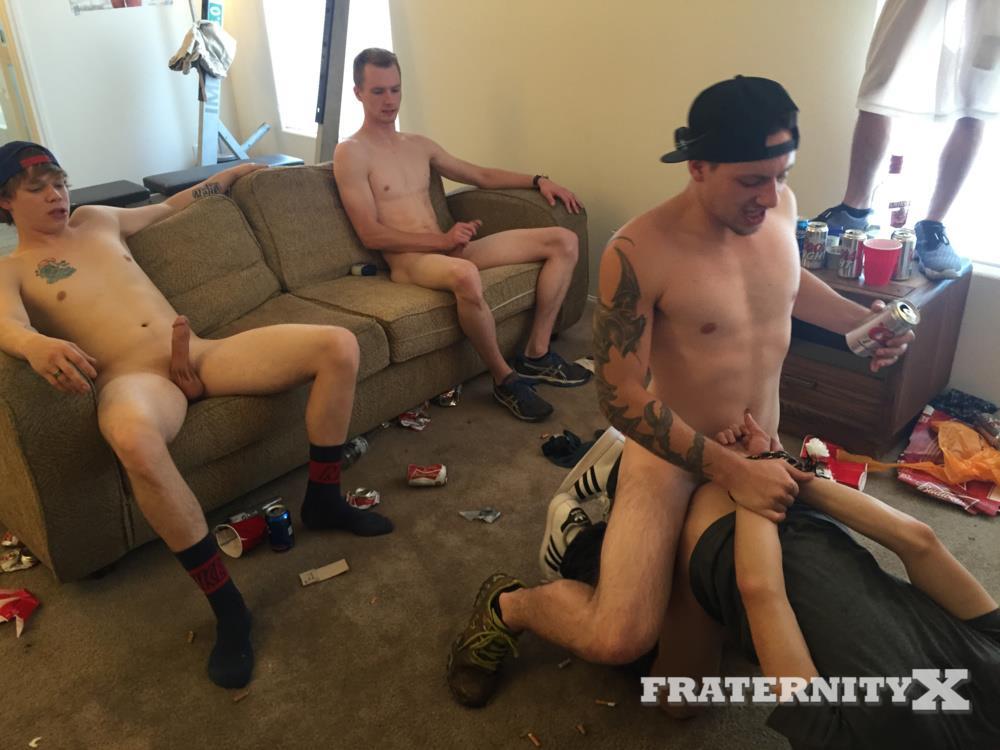 freshmen sex having college