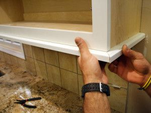bottom cabinet molding