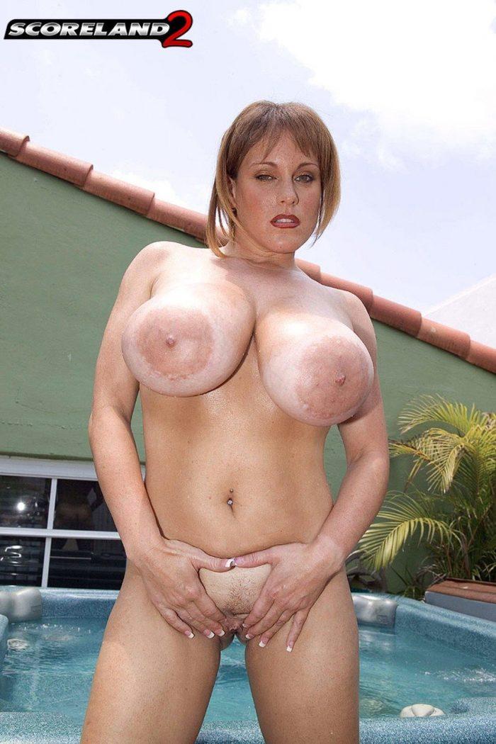 cupps big cindy boobs