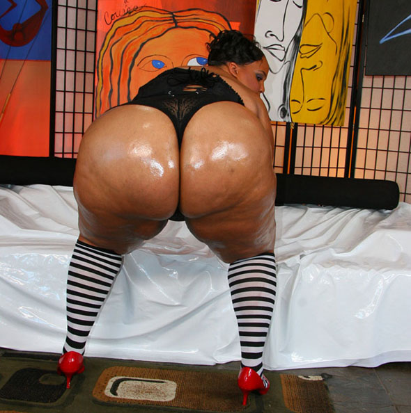 lick free orgy ass