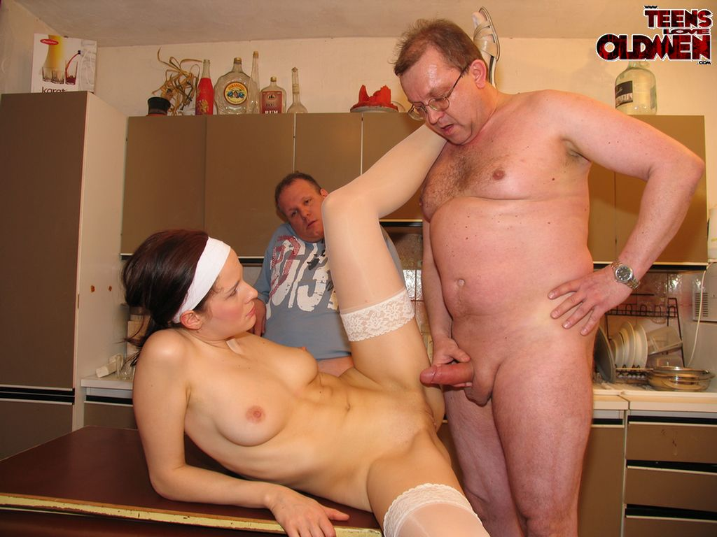 xxx man and old girl fuck xxx