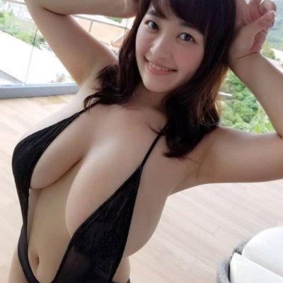 japanese models big boob