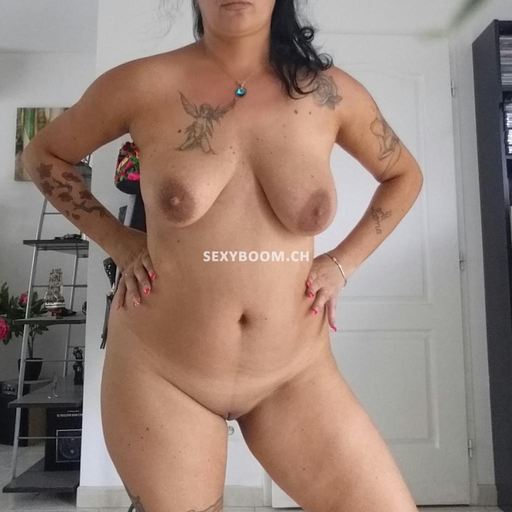 Angela light